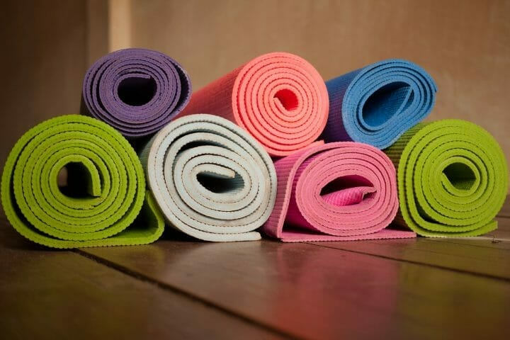 Do Lululemon Yoga Mats Come With A Strap